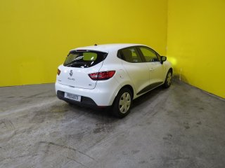 Renault Clio 1.5 dCi 90ch Air MédiaNav eco2 à vendre - Photo 4