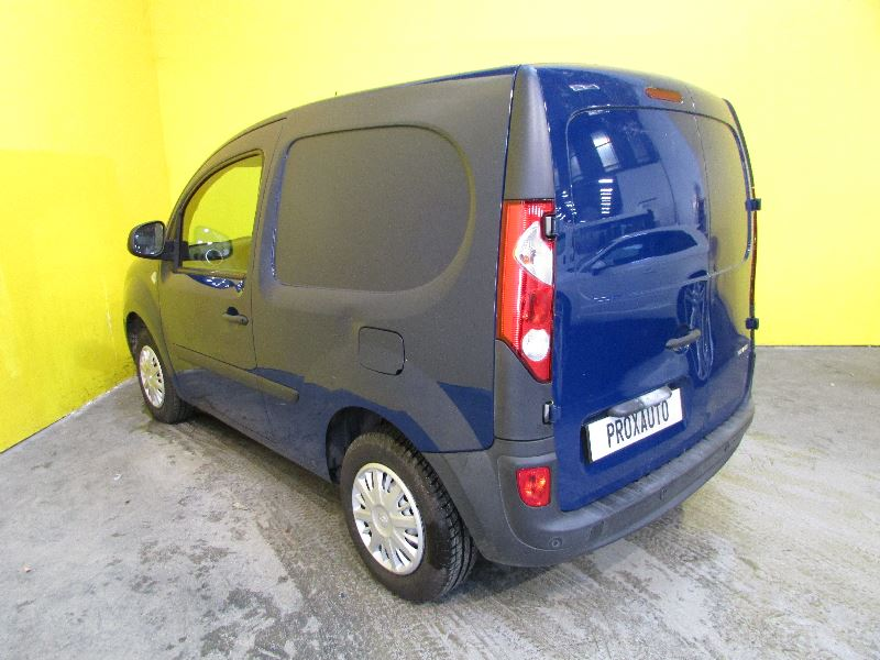 renault kangoo iicompact 1 5 dci 75ch extra eurttc achat utilitaire fourgonnettes. Black Bedroom Furniture Sets. Home Design Ideas