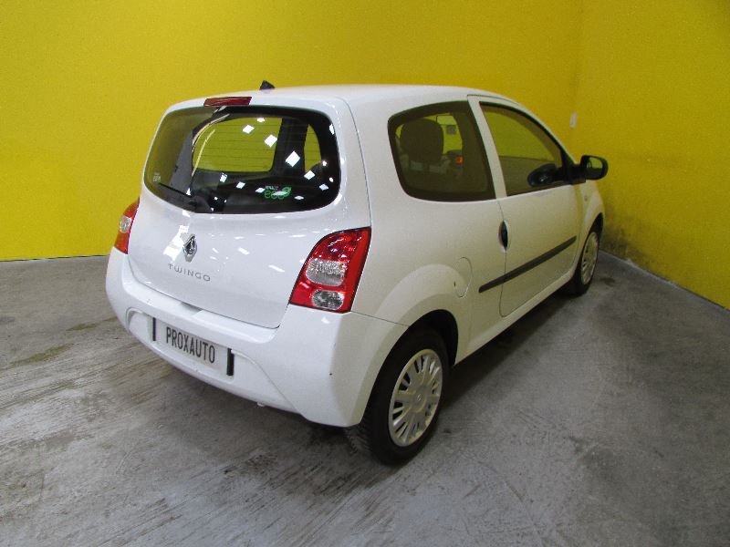 renault twingo ii ste 1 5 dci 75ch generique vendre photo 4. Black Bedroom Furniture Sets. Home Design Ideas