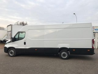 Iveco Daily 35S17V16 - 22500 HT à vendre - Photo 4