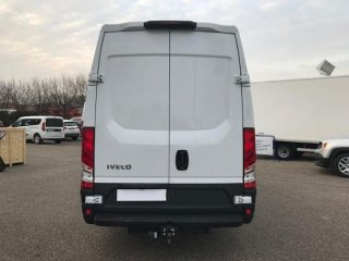 Iveco Daily 35S17V16 - 22500 HT à vendre - Photo 6