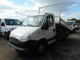 Iveco Daily 35C13 à vendre - Photo 2