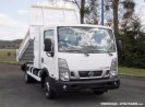 achat utilitaire Nissan Cabstar NT400 coffre benne attelage TRANS-AUTO SARL