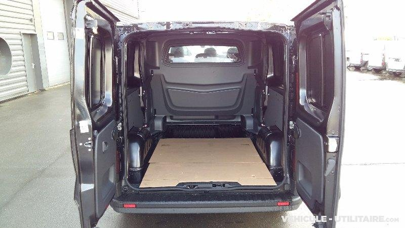 renault trafic l2h1 1200 energy dci 145 cabine approfondie grand vendre photo 4. Black Bedroom Furniture Sets. Home Design Ideas